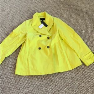 Banana republic yellowpea raincoat new with tagsXL